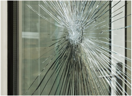A Glass Shop Offers Glass Installation and Glass Repair for the Home